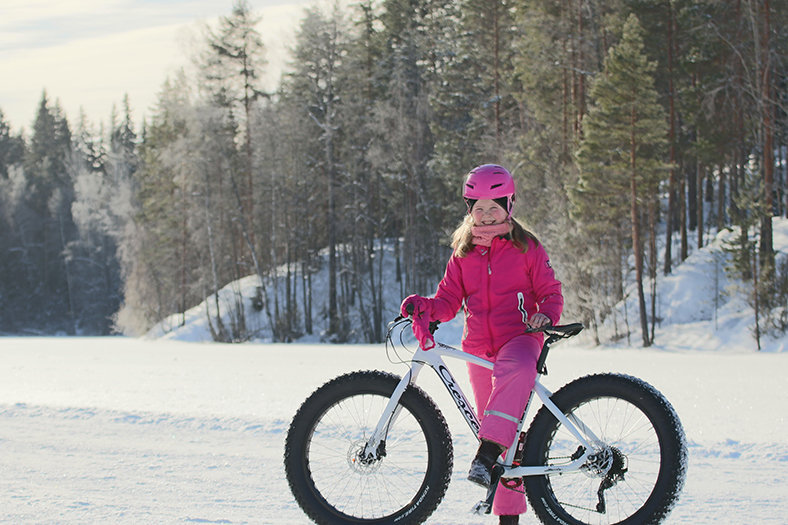 biking finland winter
